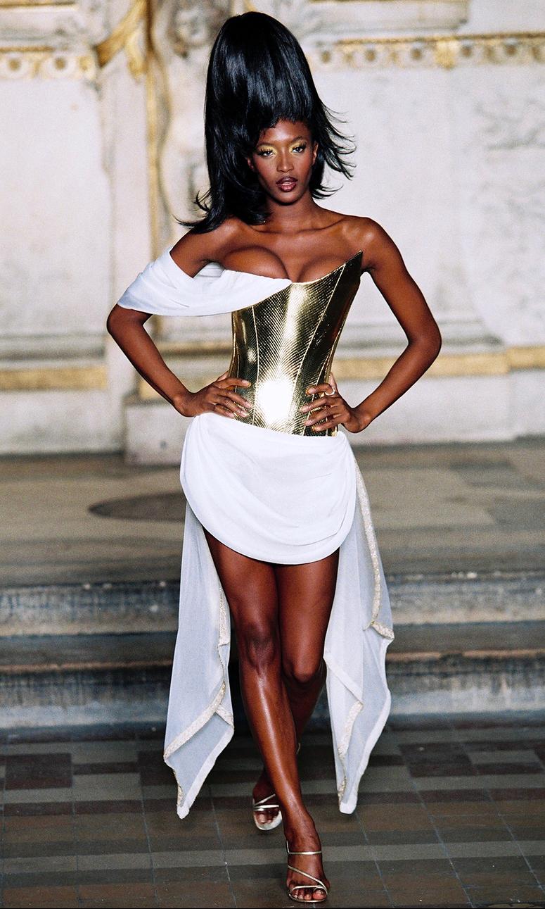 Corset Hubert Barrere pour Givenchy Haute Couture par Alexander Mc Queen