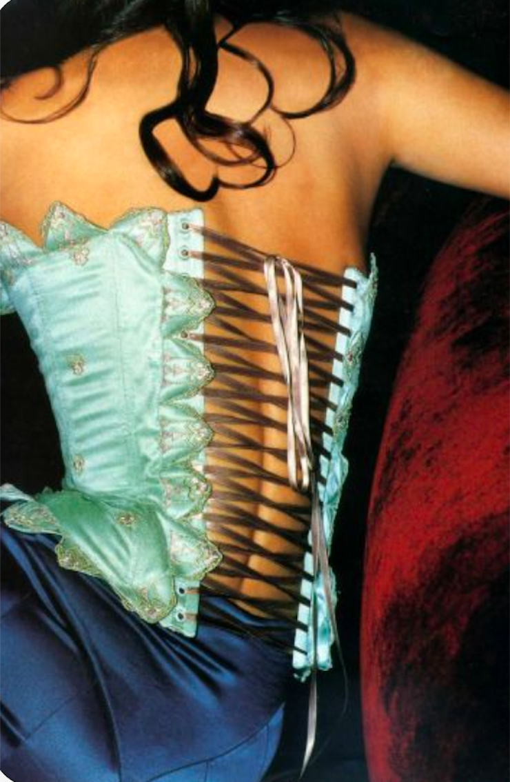 Corset Hubert Barrere pour Chloé par Stella Mc Cartney
