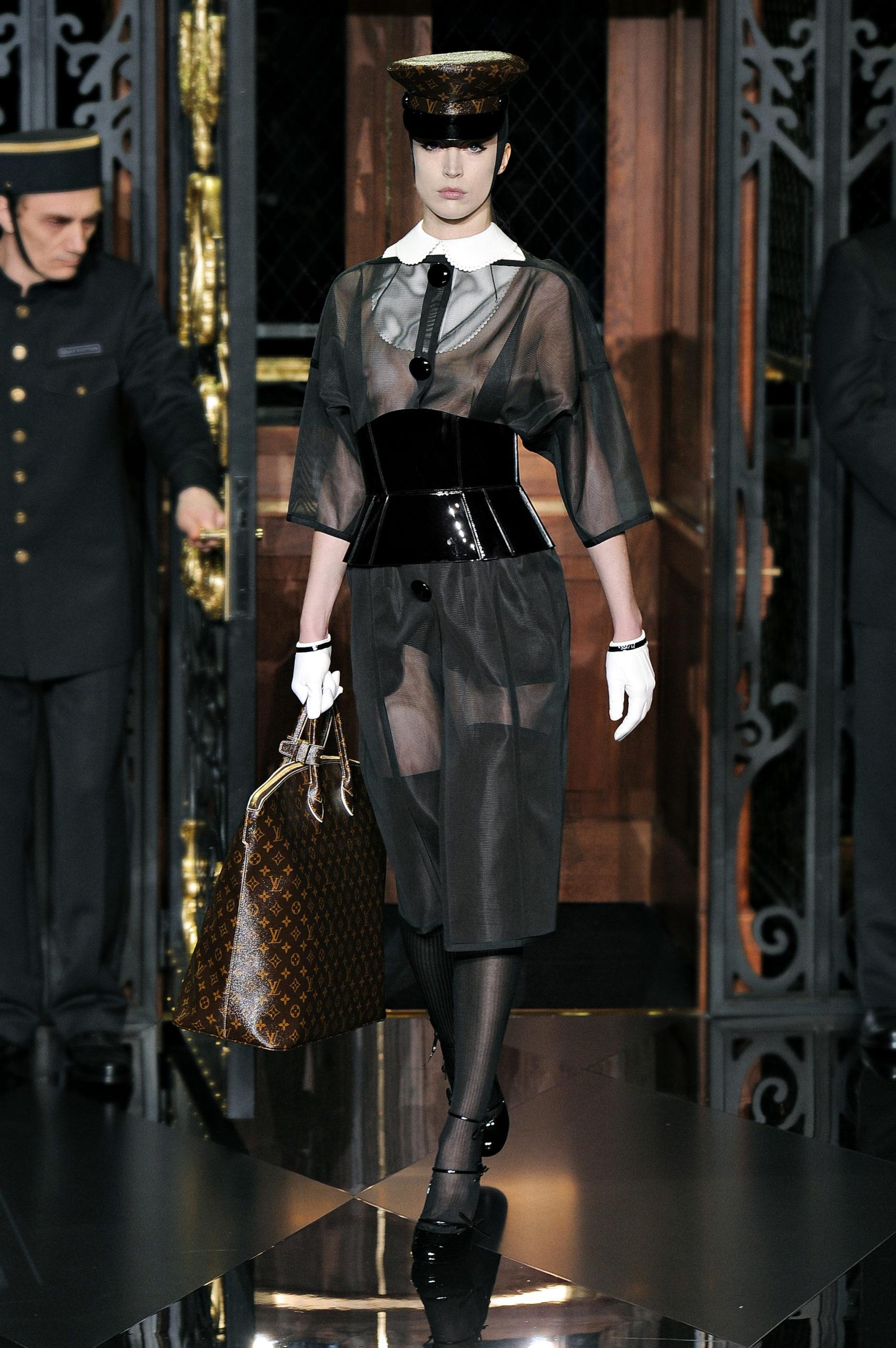 Corset Hubert Barrere pour Louis Vuitton par Marc Jacobs